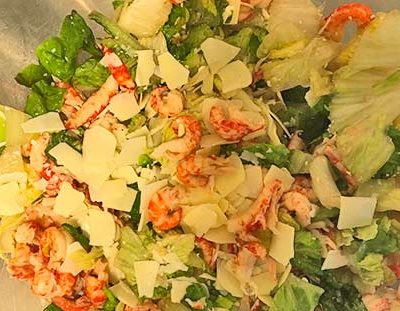 Caesar-salaatit